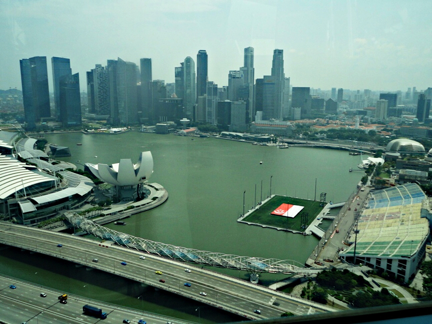 Teluk Marina, Helix Bridge, Floating Stadium dan gedung2 bisnis