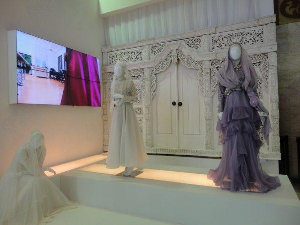Salah satu produk Fashion